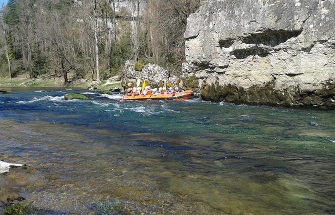 Aigue Vive rafting 2 - Mostuéjouls