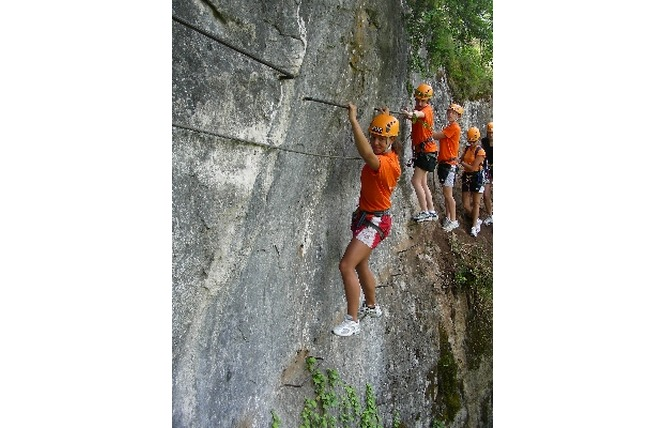 Roc et Canyon - Le Vallon des tyroliennes / Parcours Aventure 4 - Millau